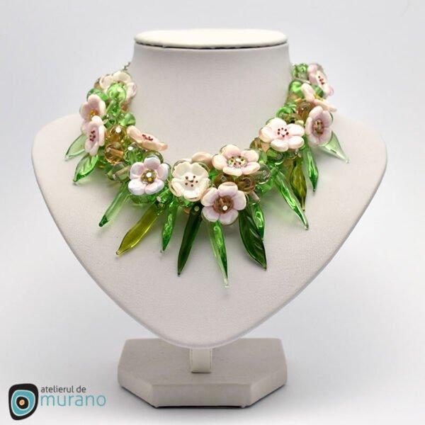 colier murano flori de cires