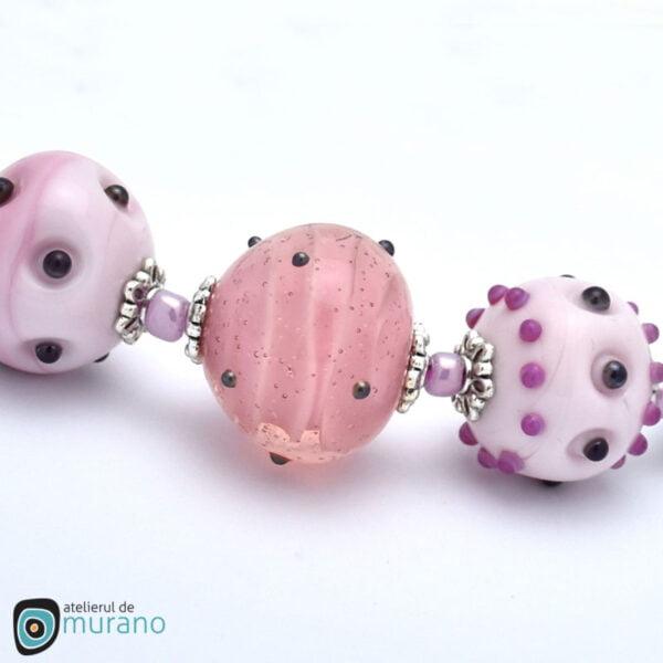 colier murano roz delicat detaliu